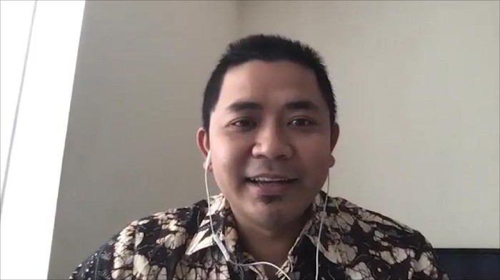 Munawir Aziz, Sekretaris PCNU Inggris / Periset