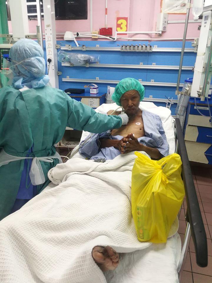 Keadaan tunawisma yang dibantu Shanker Vellu di rumah sakit