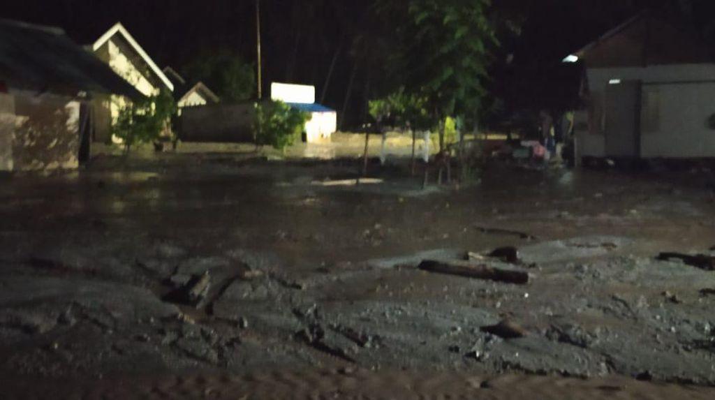 Dua Desa di Sigi Sulteng Terendam Banjir Lumpur dari Luapan Sungai