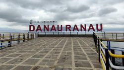 Pesona Danau Terbesar Kedua di Sumatera