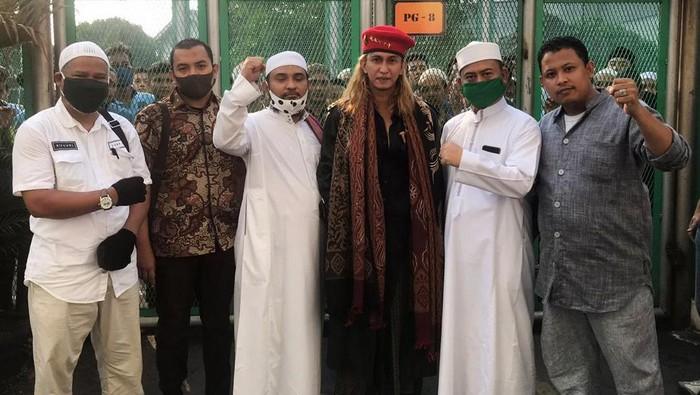 Kembali Ceramah Usai Bebas, Habib Bahar Diingatkan Tak Kumpulkan Massa