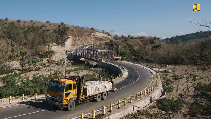 Kementerian PUPR terus meningkatkan kondisi Jalan perbatasan NTT yang berbatasan dengan Timor Leste yang dikenal sebagai Sabuk Merah Sektor Timur dari Belu hingga Malaka/Foto: Dok. Kementerian PUPR