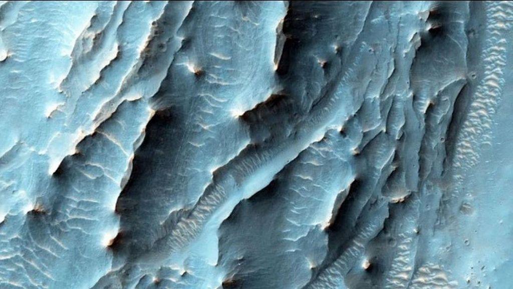 Pemandangan Ajaib di Planet Mars