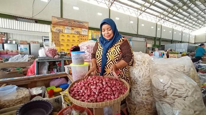 Harga bawang merah di Kudus tembus Rp 65.000/Kg