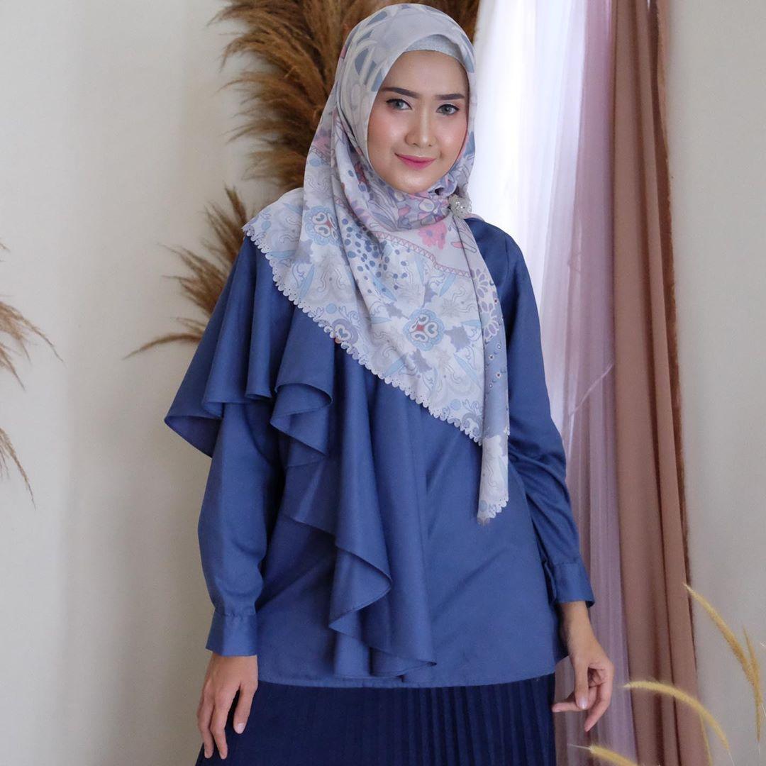 Rekomendasi blus dari @elhasbu