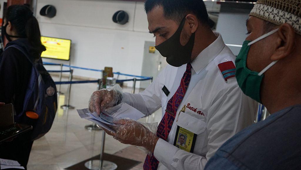 Penampakan Terkini Physical Distancing dalam Pesawat