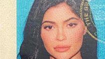 Cantiknya Foto SIM Kylie Jenner, Tapi..