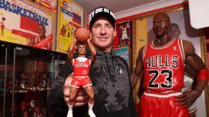 Mengintip Koleksi Miniatur Michael Jordan Terbanyak di Dunia