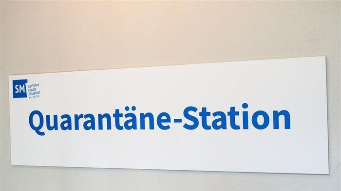 Foto yang diambil pada 15 Mei 2020 ini menunjukkan fasilitas di dalam sebuah ruangan di stasiun karantina untuk para tunawisma di Berlin, Jerman.Foto: Dok. Xinhuanet