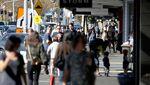 Lockdown Dicabut, Warga Selandia Baru Serbu Mal dan Resto