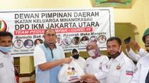 Perantau Pedagang Kena Imbas Corona, Andre-IKM Bagi Sembako di Jabodetabek