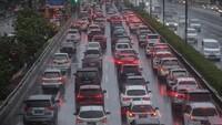 Hampir Setengah Juta Kendaraan Keluar Jabodetabek Via Tol sampai H-1 Lebaran