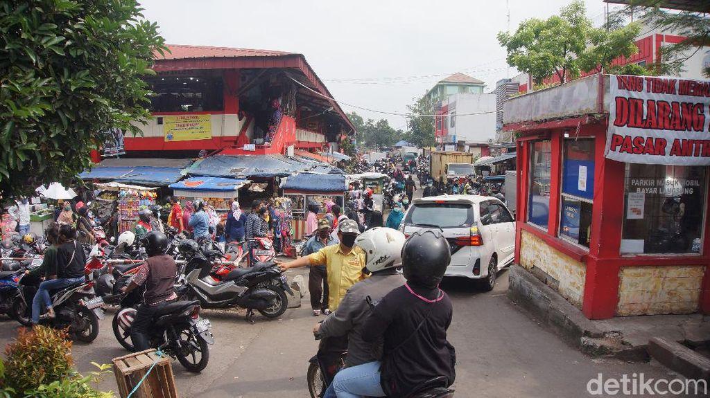 Muncul Klaster Pasar Antri Cimahi, 2 Pedagang Positif Corona
