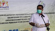 Nelayan Muara Baru Dapat Bantuan 2000 Paket Sembako & Olahan Ikan