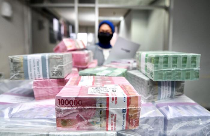Untuk memenuhi kebutuhan masyarakat Indonesia dalam menyambut Hari Raya Idul Fitri 1441 H, Bank BTN mengalokasikan dana senilai Rp 12,5 triliun.