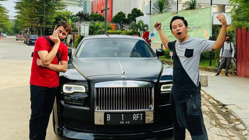 Buat Jemur Kasur dan Diisi Bensin Eceran, Ini Spesifikasi Rolls-Royce Raffi Ahmad