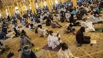 Kasus Corona Masih Tinggi, Masjid-masjid di Senegal Dibuka Kembali