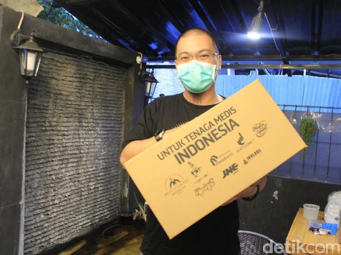 Kisah mualaf di Bandung yang kuras habis hartanya untuk lawan Corona