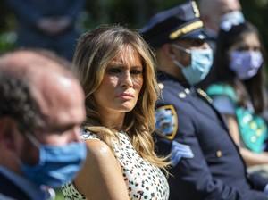 Tebar Pesona Tanpa Masker, Melania Trump Kena Hujat Netizen