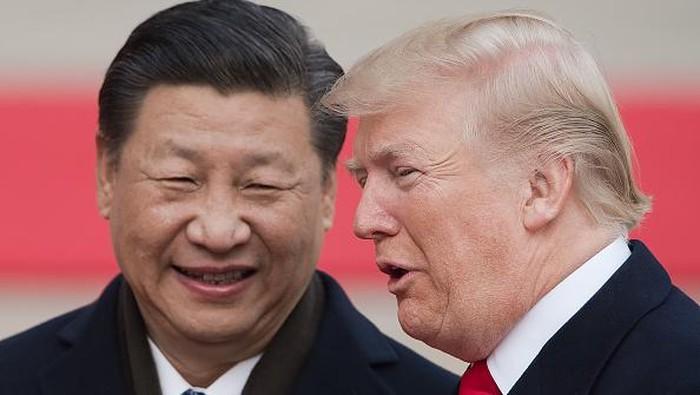 Hubungan Presiden AS Donald Trump-Presiden China Xi Jinping memanas. Keretakan hubungan diplomasi itu karena Trump kecewa dengan China terkait virus Corona.