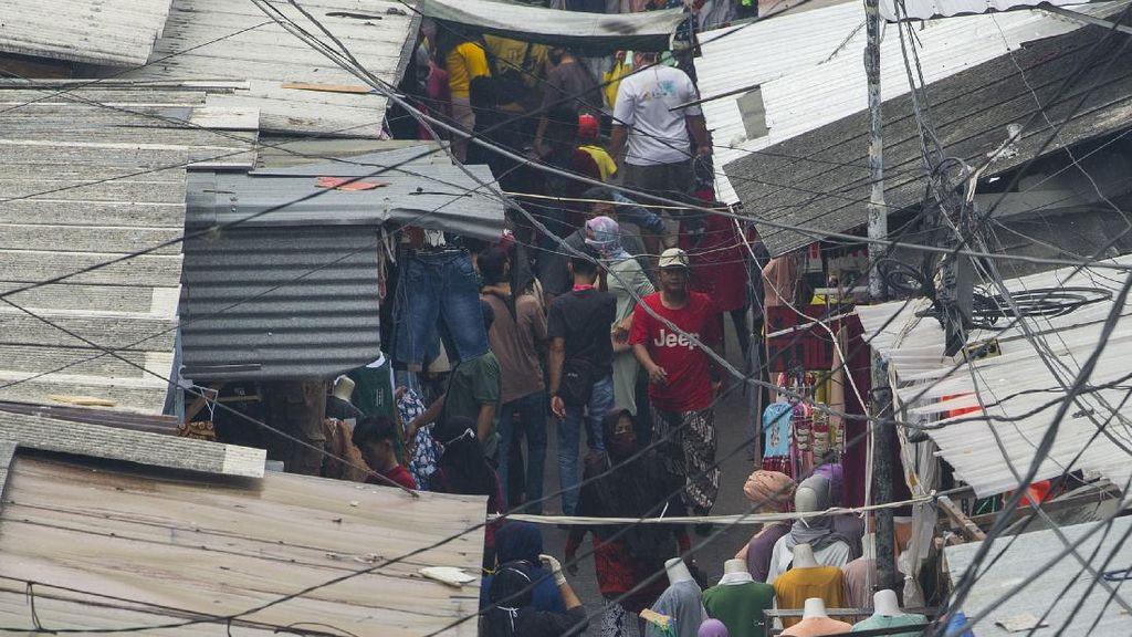 Miris! Pasar Ramai Jelang Lebaran, Ini Penyebab Orang Abai Peraturan