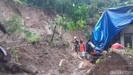 Longsor Putus Akses Dua Desa dan Gudang Pengolahan Kayu di Banyuwangi