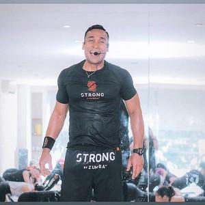 Cerita Umar Syarief, Karateka Nasional yang Kini Jadi Pelatih Zumba