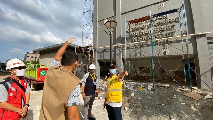 Progres pembangunan Rumah Sakit Darurat (RSD) Wisma Atlet Kemayoran Tahap 2 terus dikebut.
