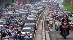 Lockdown Usai, Warga Hanoi Tumpah Ruah