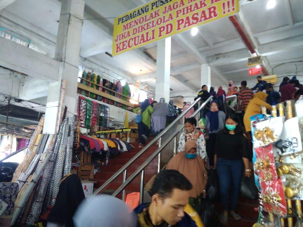 Suasana di Pusat Pasar Medan jelang Lebaran (Datuk Haris Molana-detikcom)