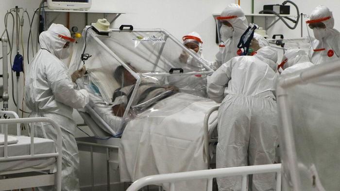 Jumlah kasus infeksi virus Corona di Brasil mencapai 254 ribu kasus. Kini Brasil menjadi negara ketiga dengan total kasus virus Corona terbanyak di dunia.