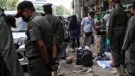 Satpol PP Tertibkan Pedagang di Trotoar Pasar Senen