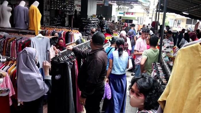 Pedagang di ITC Bandung Kembali Jualan di Tengah PSBB