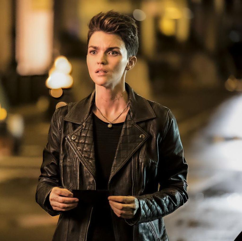 Mundur Perankan Batwoman, Ruby Rose Rahasiakan Alasannya