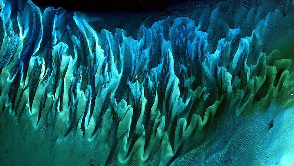 Penampakan Bumi dari Luar Angkasa yang Bikin Takjub