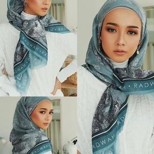 7 Tutorial Hijab Lebaran, Cocok Buat Silaturahmi Online