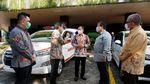 APD dan Ambulans untuk Kemenkes