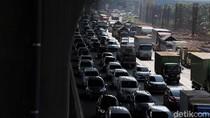 Dirlantas Polda Metro Jelaskan Penyebab Macet di KM 31 Tol Cikampek