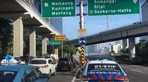 Video Sejumlah Ruas Jalan di Jakarta Ramai Kendaraan