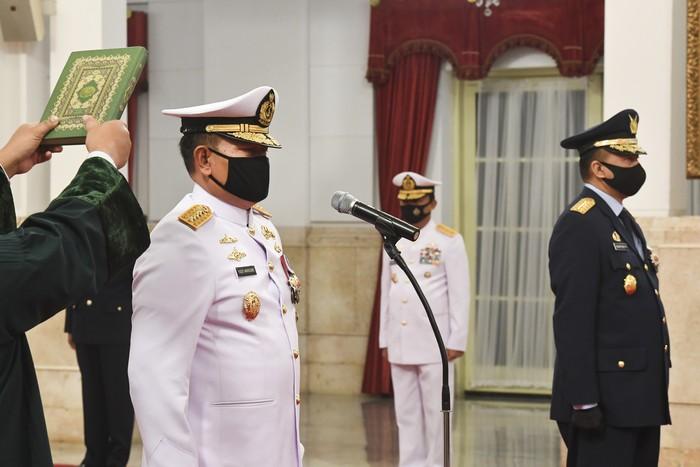 Pucuk pimpinan TNI AL dan TNI AU resmi berganti. Yudo Margono dilantik sebagai Kepala Staf Angkatan Laut (KSAL) dan Fadjar Prasetyo sebagai Kepala Staf Angkatan Udara (KSAU).