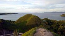 Daratan Labuan Bajo yang Tak Kalah Indah dari Lautnya