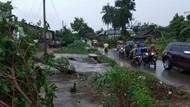 Puting Beliung Terjang Lampung: Ratusan Rumah Rusak-2 Warga Tewas
