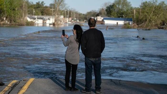 Banjir melanda Michigan, negara bagian Amerika Serikat (AFP Photo/Seth Herald)