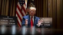Saat Kasus di AS Melonjak, Trump Sebut Corona Akan Hilang dengan Sendirinya