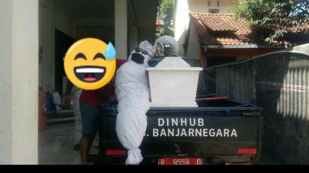 Viral foto dan video pocong dan peti jenazah keliling kota di Banjarnegara, Jumat (22/5/2020).