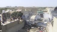 Video Pesawat Jatuh di Permukiman Karachi Tewaskan 107 Orang