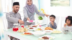 5 Tips Adakan Jamuan Makan Virtual Bareng Keluarga