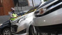 Bawa Pemudik, Polisi Amankan Mobil Travel Ilegal