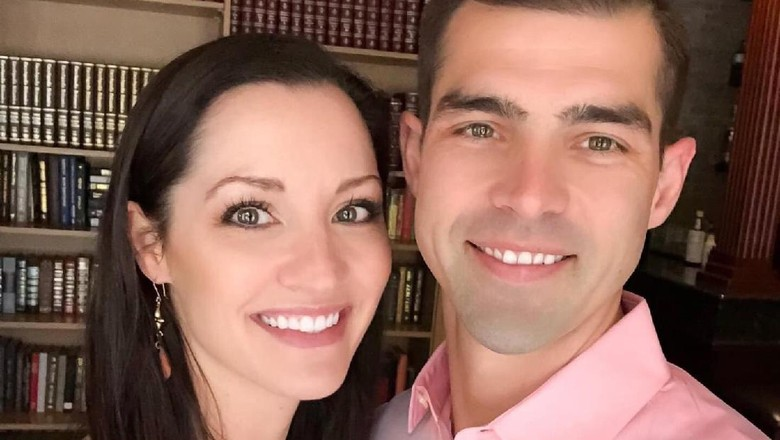 Nathan & Christina Parks, pasangan suami istri yang mengaku diintip di hotel