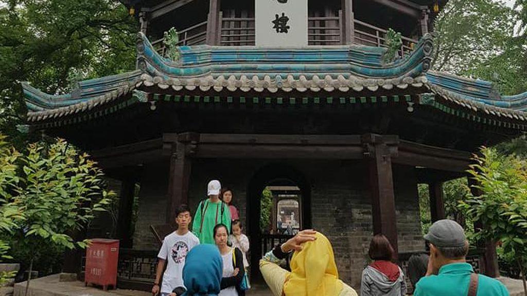 Potret Masjid China Berusia 1.300 Tahun